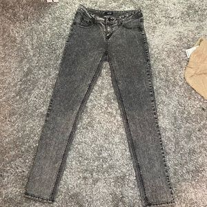 Ana black acid washed jeans!